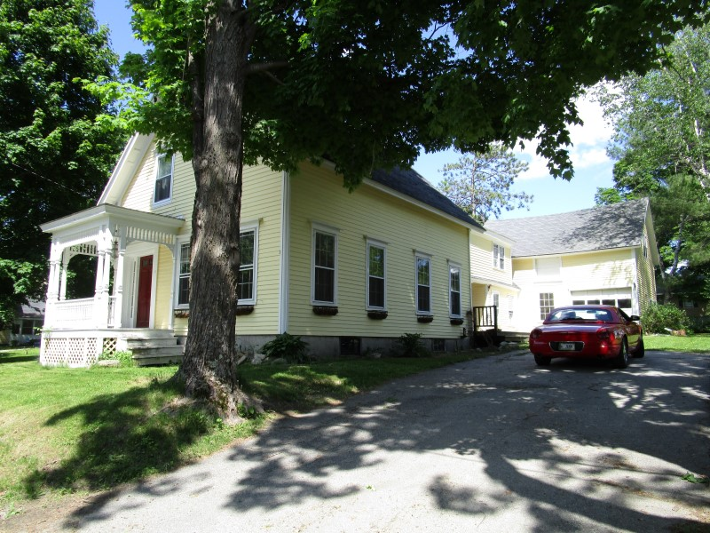 73 Green Street, Winthrop, Maine 04364