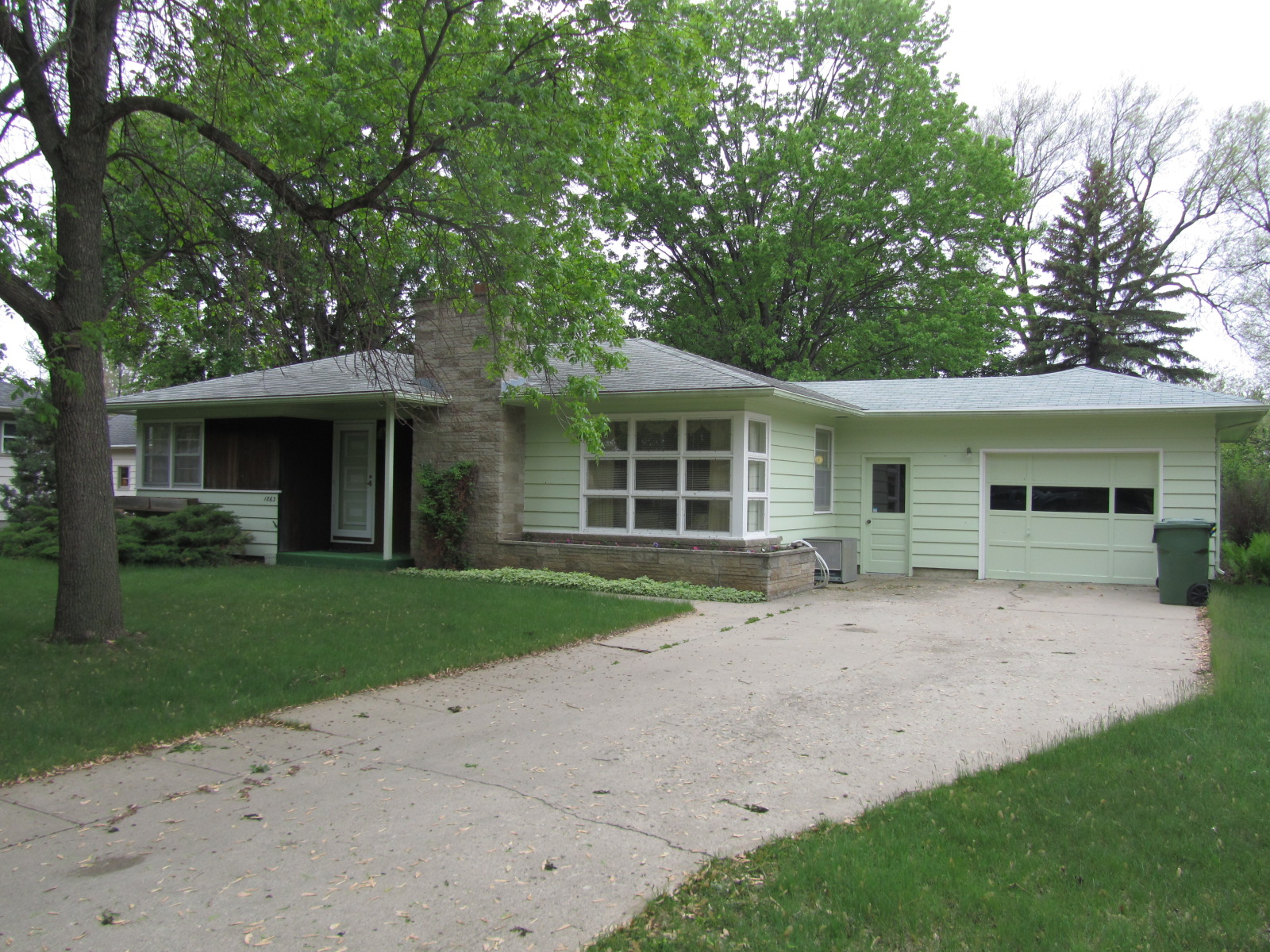 1863 Wisconsin Ave SW, Huron, South Dakota 57350