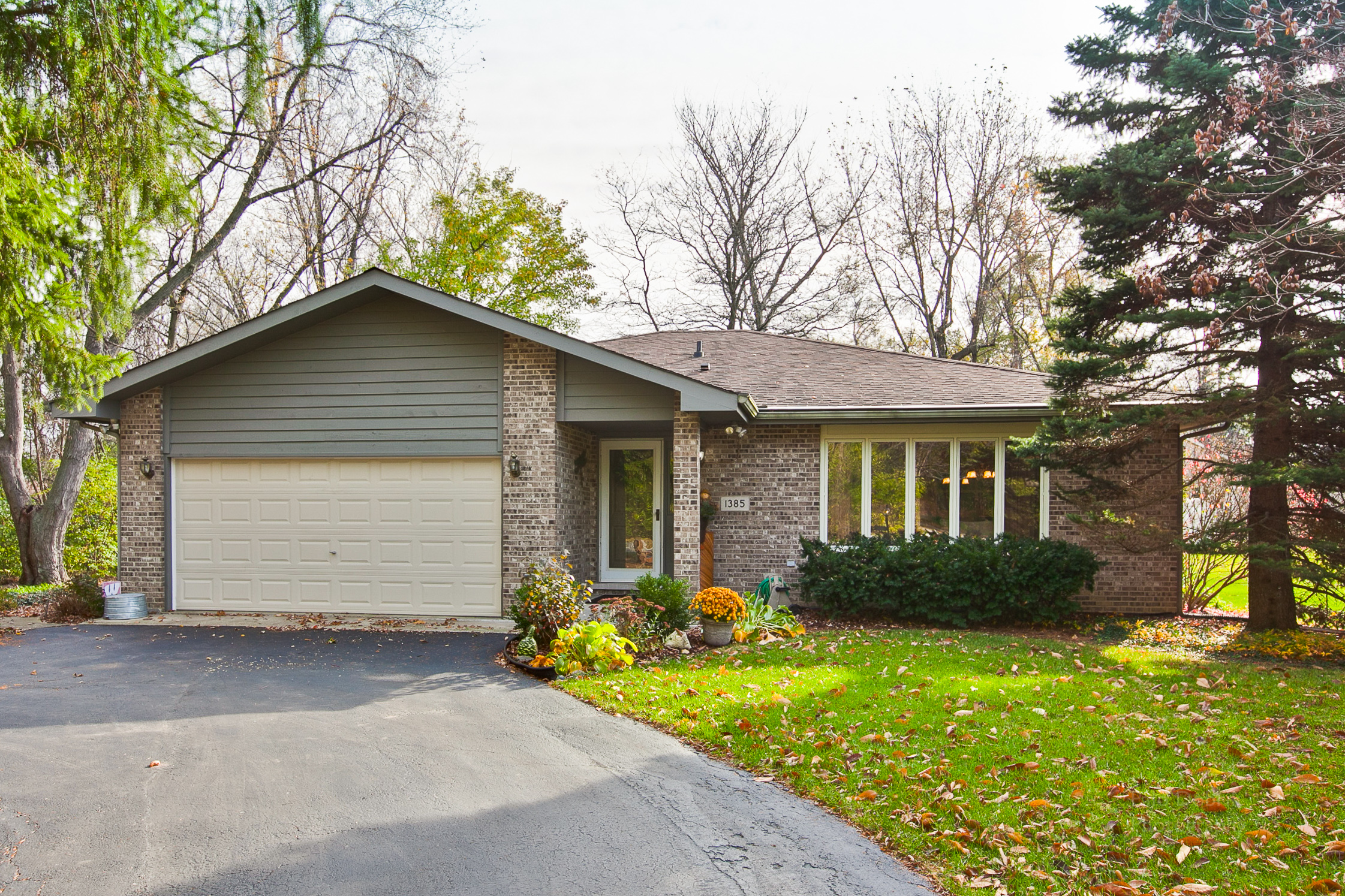1385 W. 52ND PLACE, Lagrange Highlands, Illinois 60525
