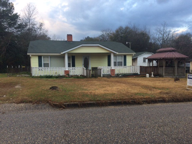126 Pressley Road, Red Level, Alabama 36474