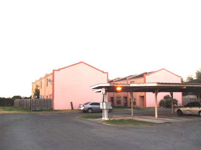 815 E Sugar Cane, Weslaco, Texas 78569