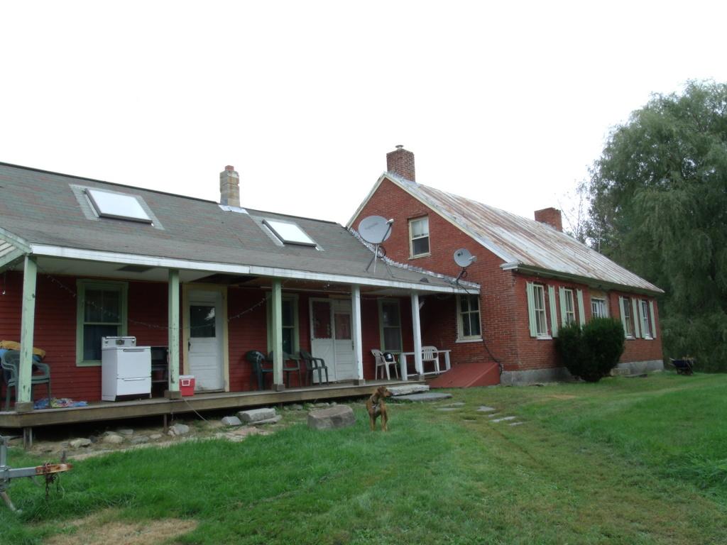 123 Red Schoolhouse Road, Farmington, Maine 04938