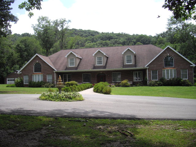 330 Oakvale Road, Princeton, West Virginia 24740