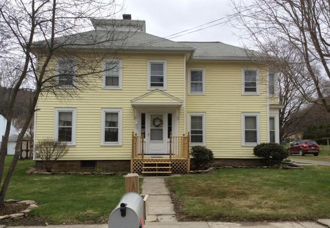 578 Main St , New Milford, Pennsylvania 18834
