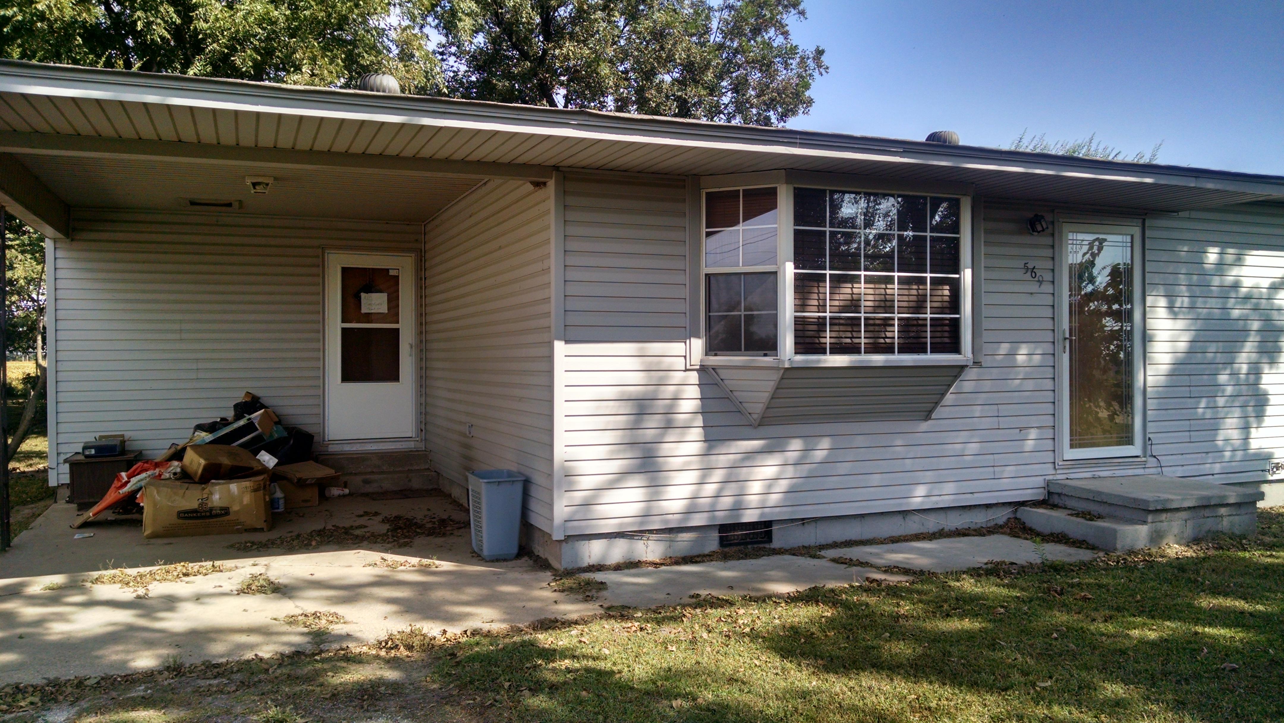 569 E Oak, Cardwell, Missouri 63829