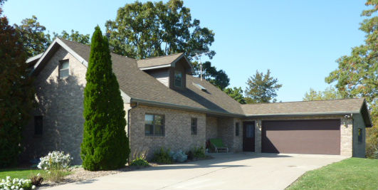 5927 Millstream Lane, Cassville, Wisconsin 53806