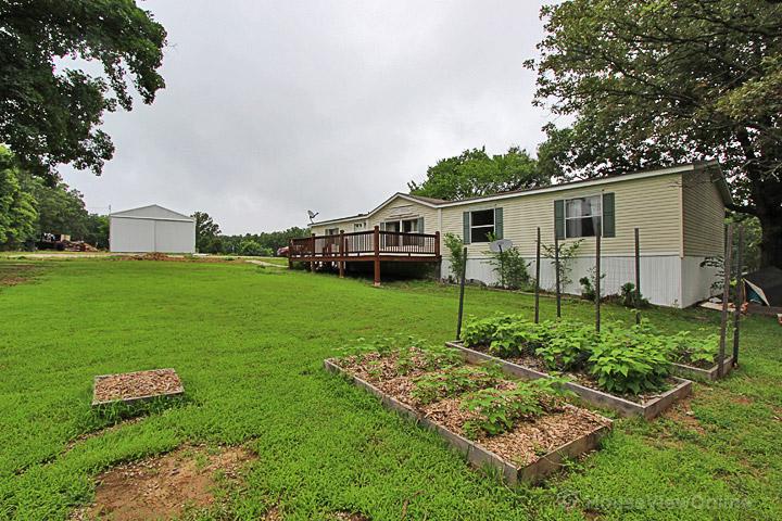 12565 Old 8 E, Mineral Point, Missouri 63660