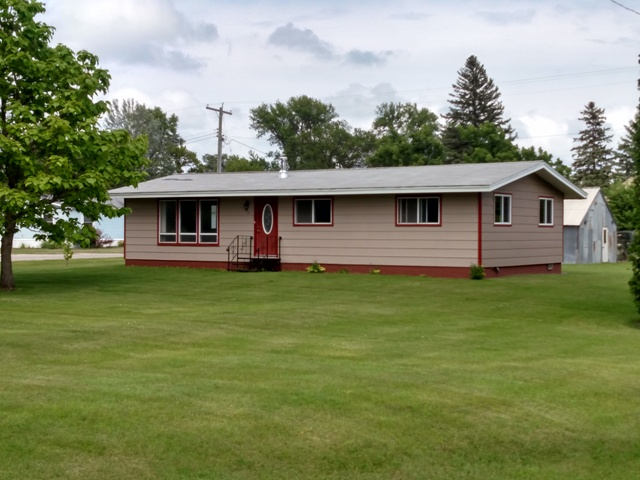 12 Atlantic Ave, Donnelly, Minnesota 56235