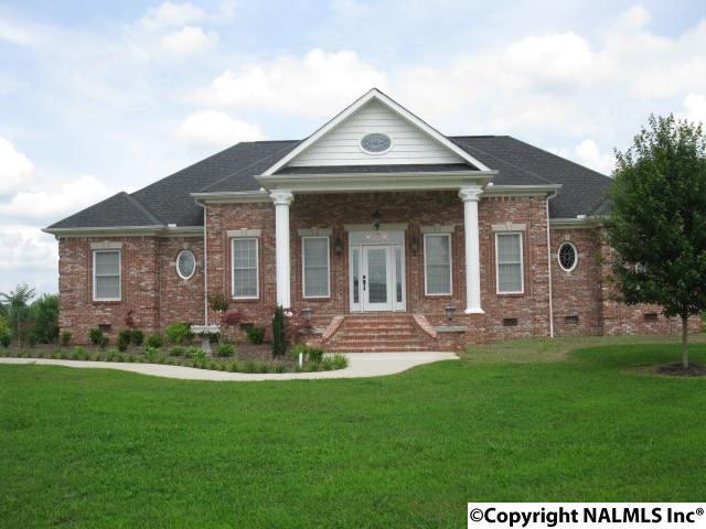 514 Hopewell Road, Hartselle, Alabama 35640