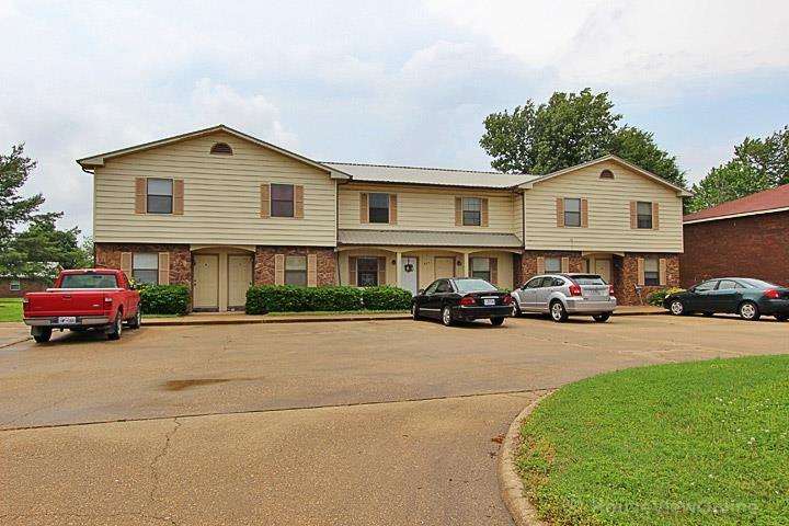 817 S West St, Sikeston, Missouri 63801