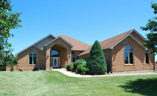 1025 Pin Oak Lane, Bourbon, Missouri 65441