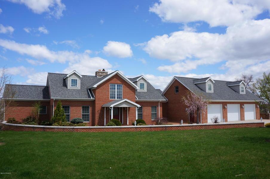 145 Dustin Drive, West Milton, Pennsylvania 17886