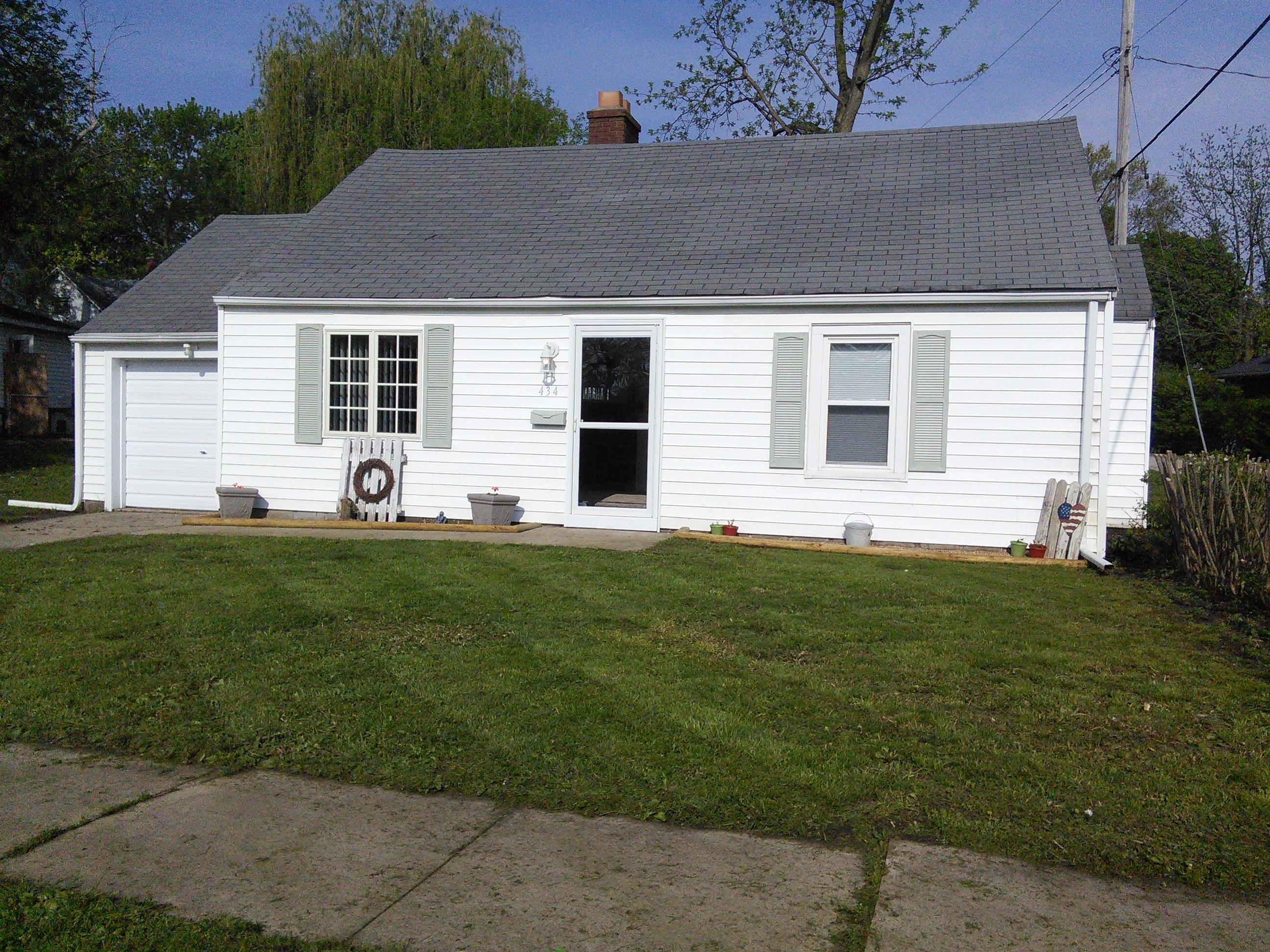 434 S American, Paxton, Illinois 60957
