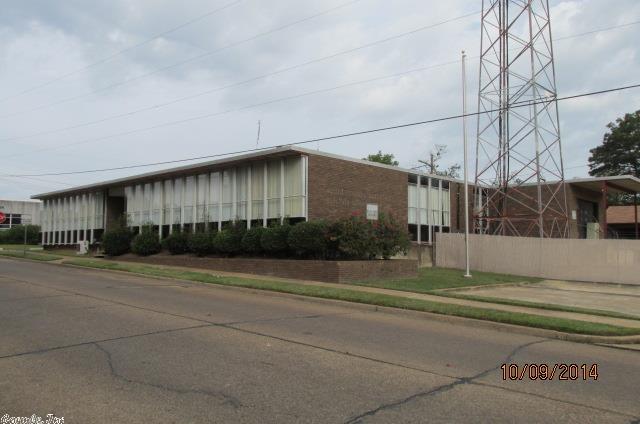 1140 Main Street, Arkadelphia, Arkansas 71923
