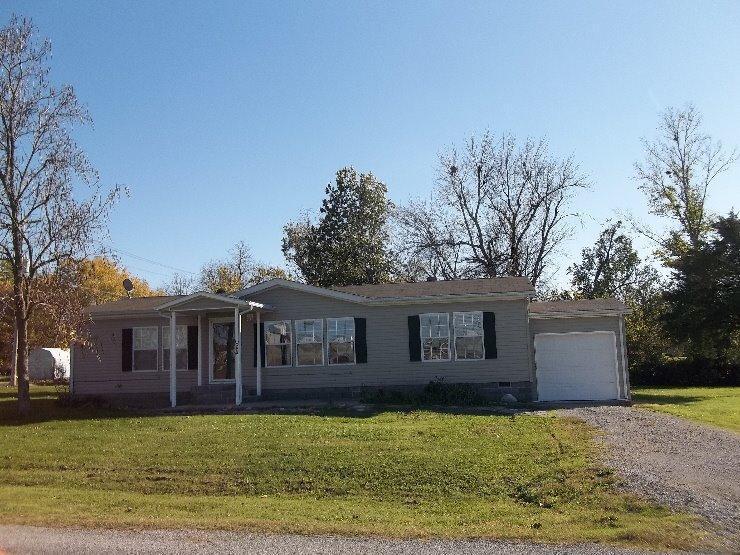 220 1st Street, Oswego, Kansas 67356