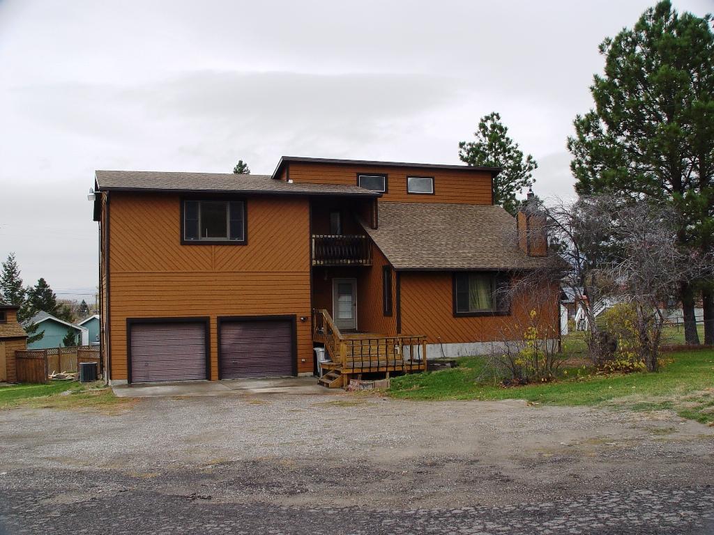 338 4th St N, Cascade, Montana 59421