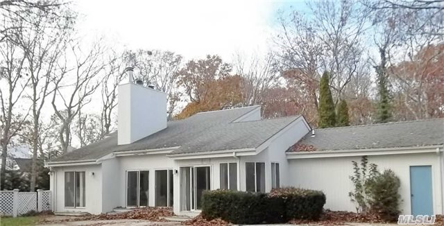 4 Suess Path, Quogue, New York 11959