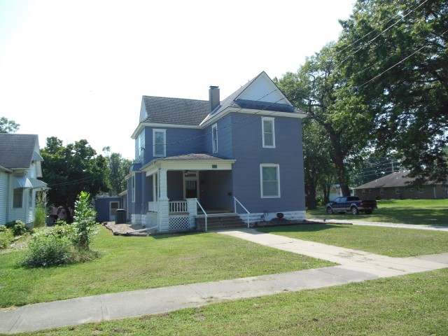 310 E. Jefferson, Clinton, Missouri 64735