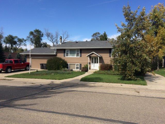 209 7th Ave SE, Stanley, North Dakota 58784