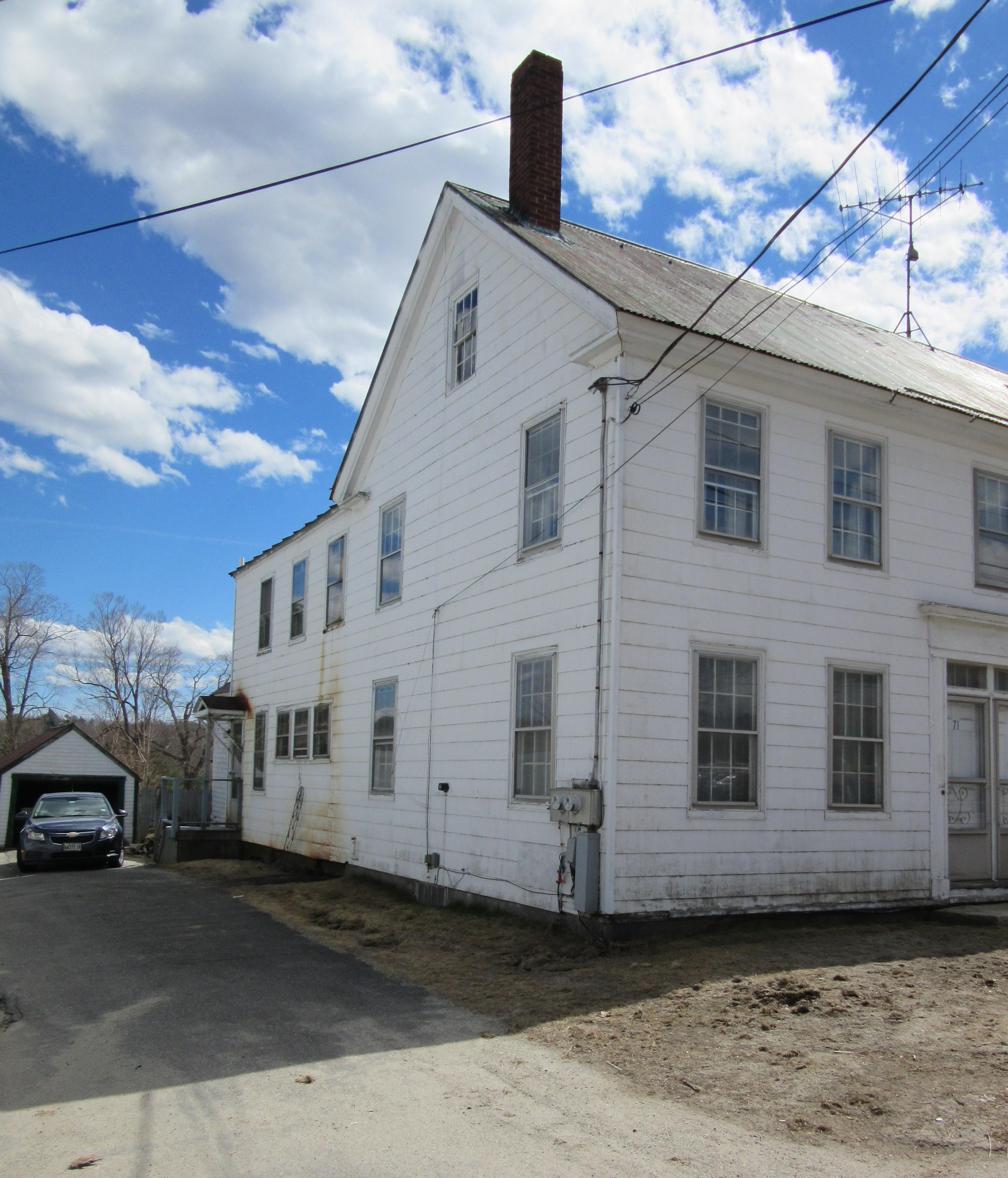 71 Main Street , Winthrop, Maine 04364
