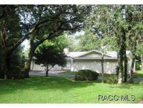 31 Douglas Street, Homosass, Florida 34446