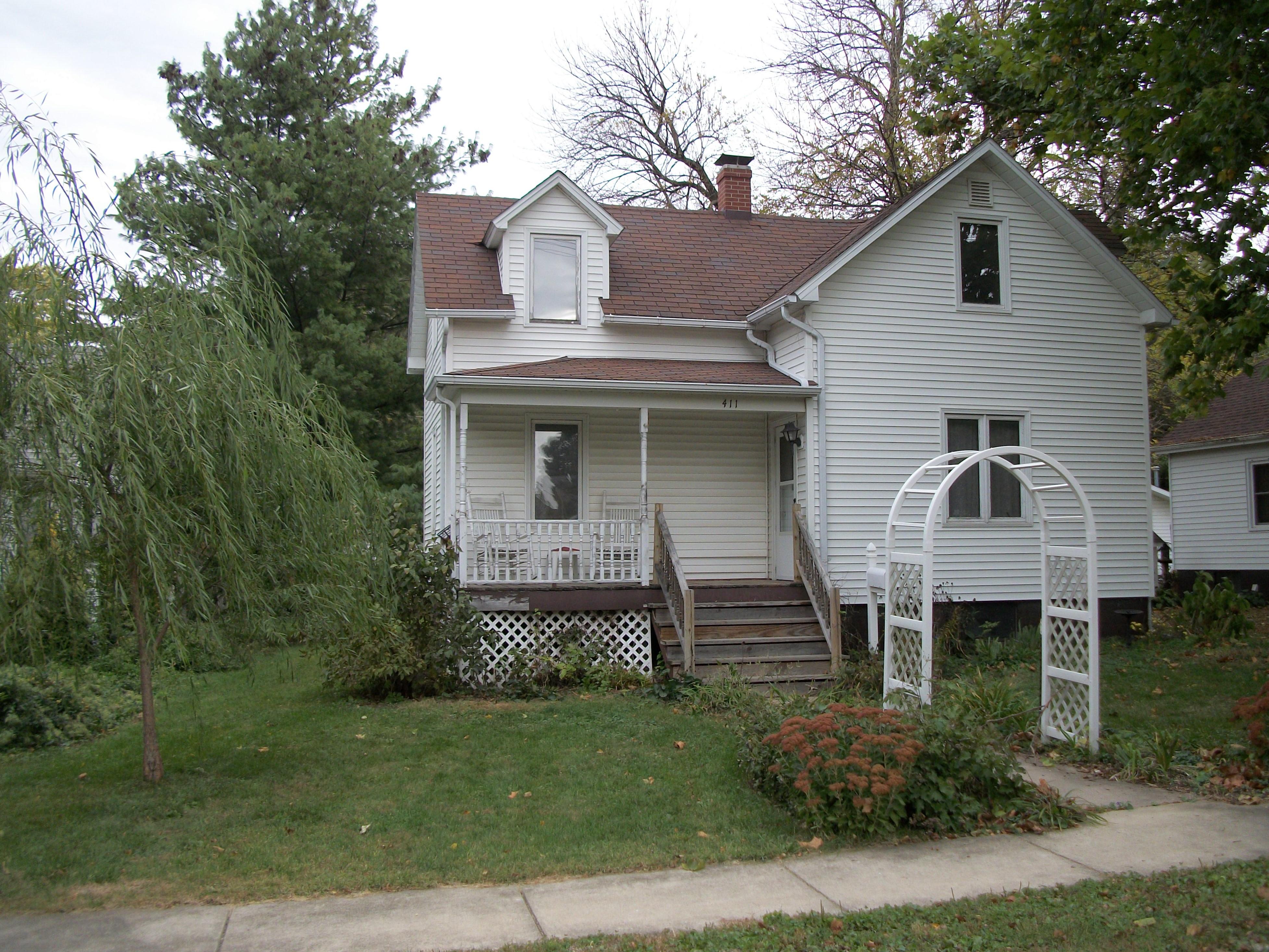 411 E Ottawa, Paxton, Illinois 60957