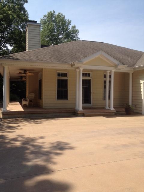 15946 N Oak Crest Road, Marshall, Illinois 62441
