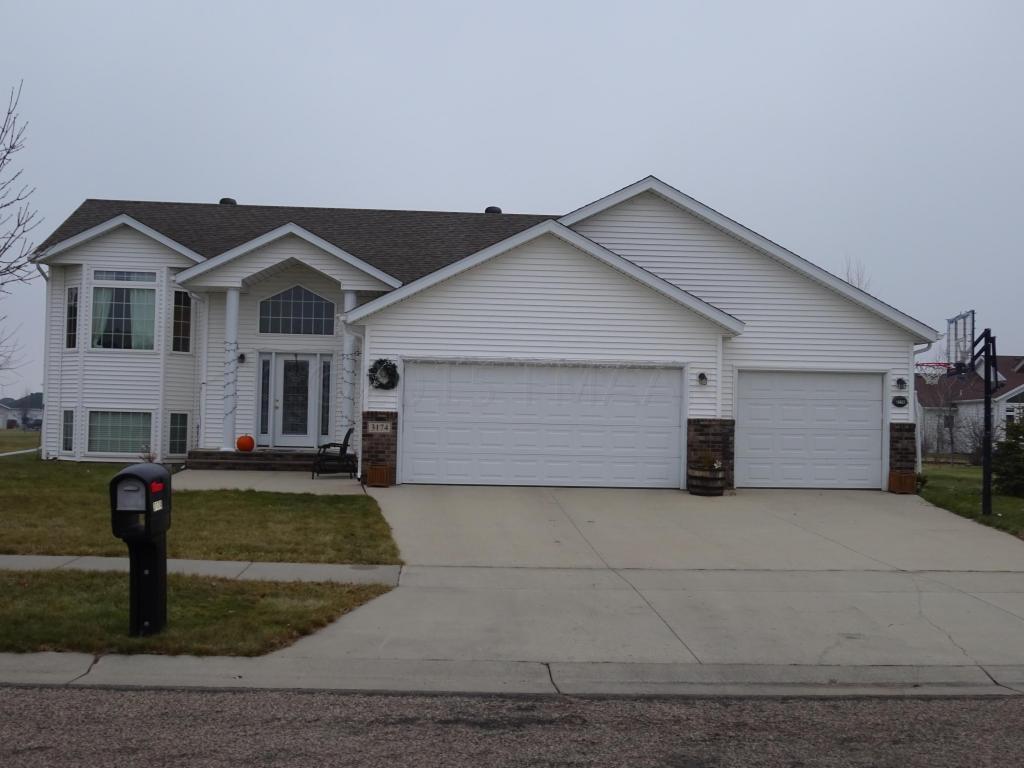 3174 11th Ave S, Moorhead, Minnesota 56560