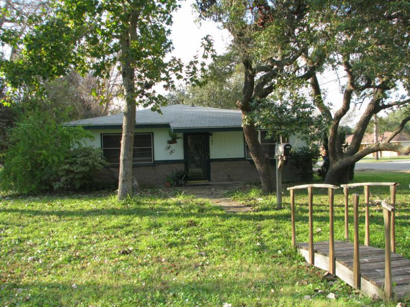 504 S. 9th St., Aransas Pass, Texas 78336