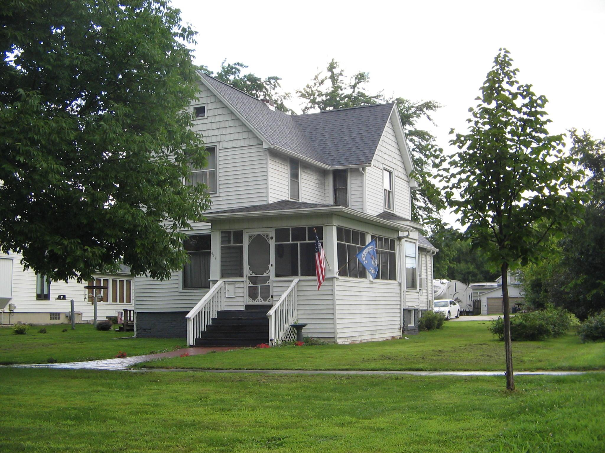 447 E Franklin, Paxton, Illinois 60957
