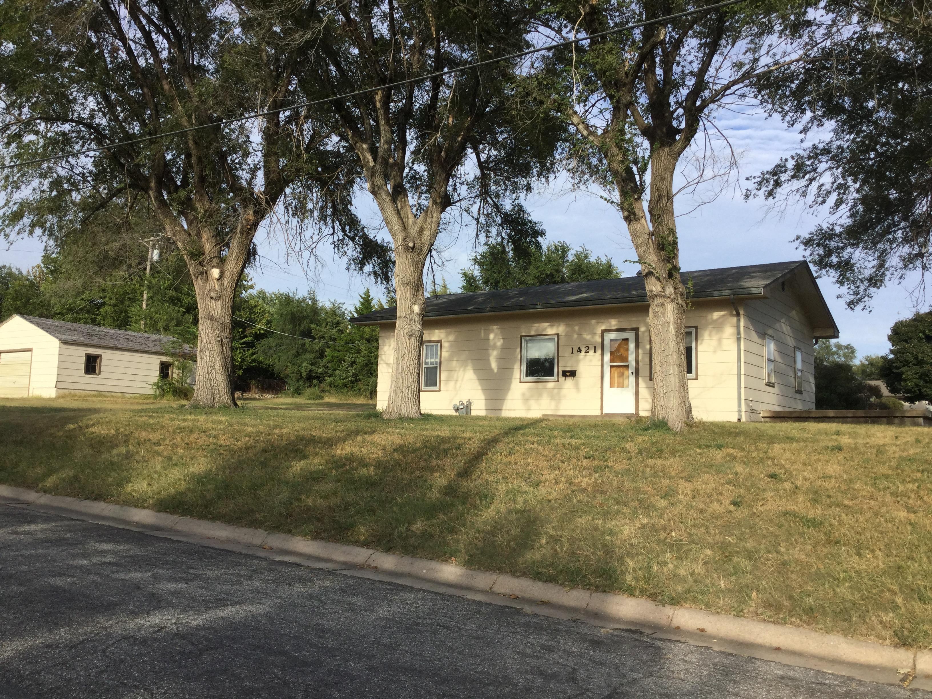 1421 Kansas, Concordia, Kansas 66901