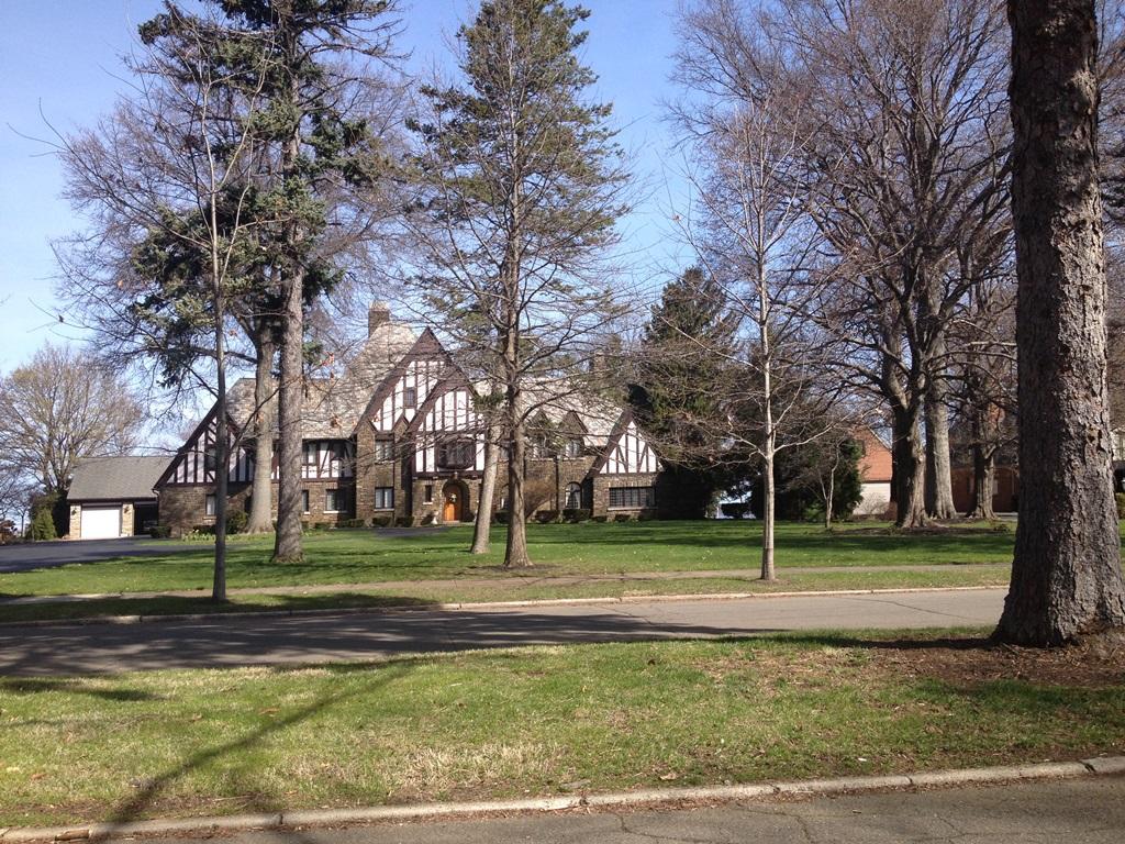 1508 S SHORE DR, Erie, Pennsylvania 16505
