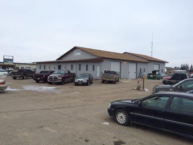 725 & 727 20th Ave , Minot, North Dakota 58701