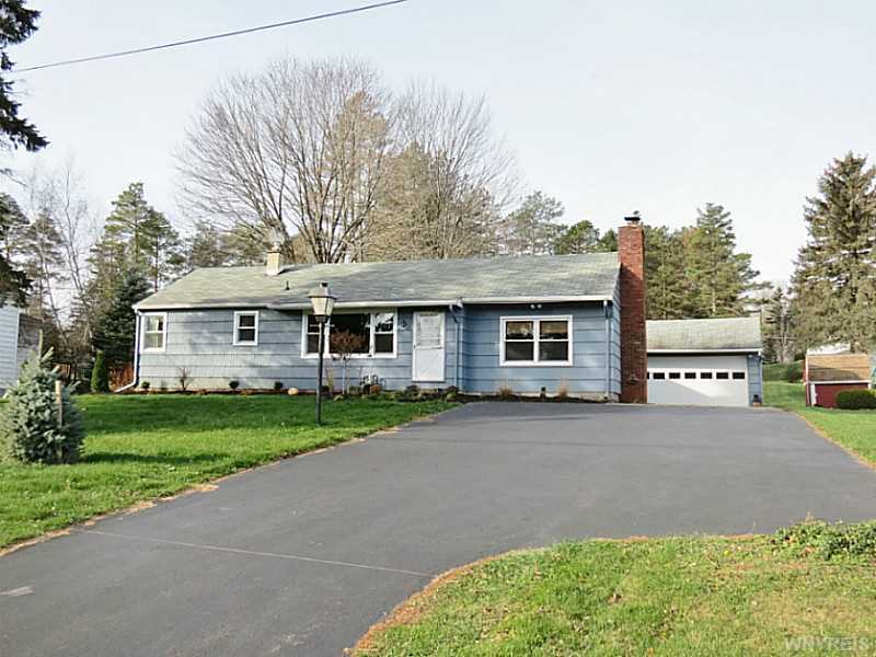 547 Grover Rd, Aurora, New York 14052