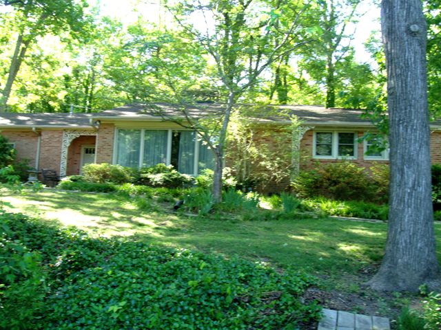 2813 Linwood Rd., Gastonia, North Carolina 28052