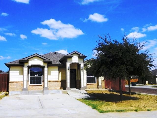 2224 Los Olivos, Laredo, Texas 78046