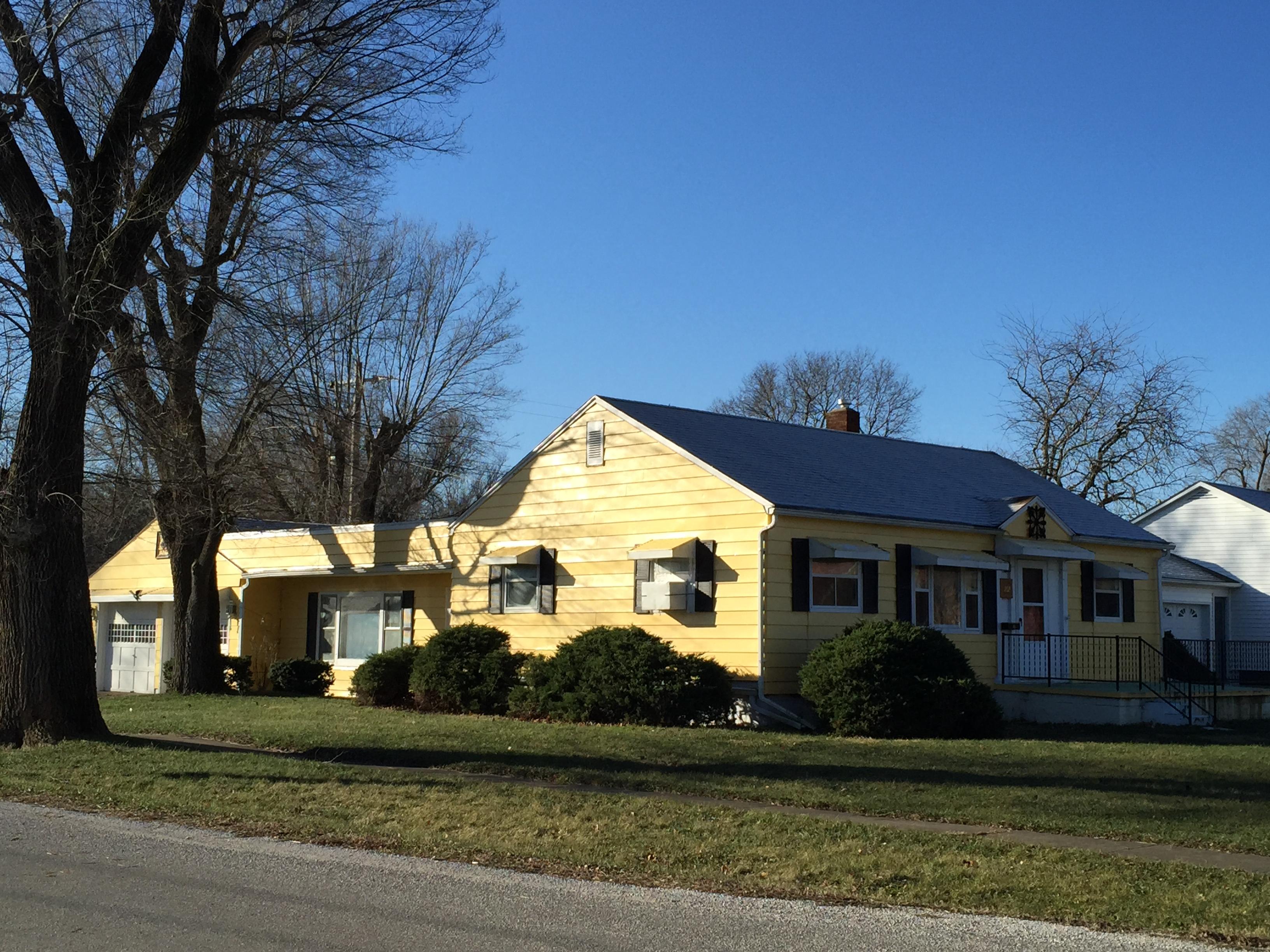 202 W McKinley, Milford, Illinois 60953