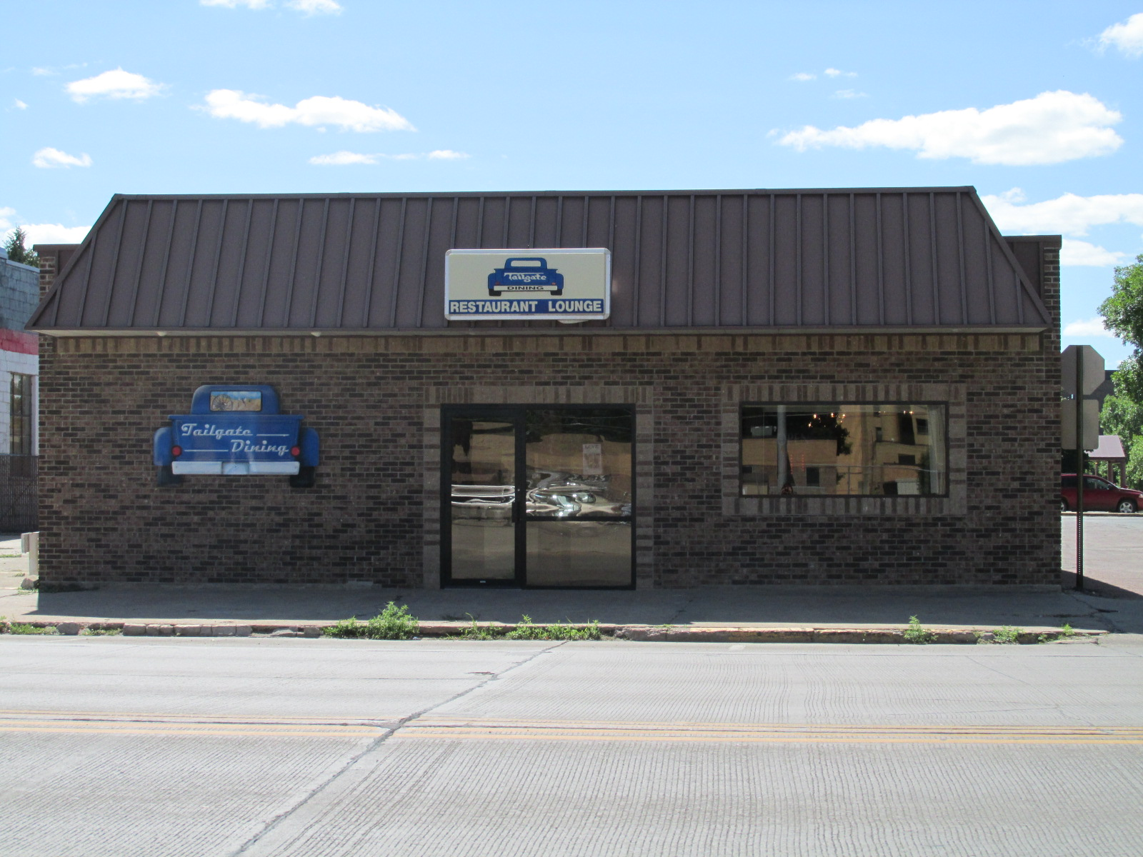455 Dakota Ave. S, Huron, South Dakota 57350