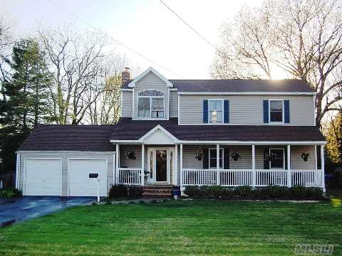 2 Cranberry Dr, Islip, New York 11751