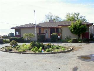 1280 Old Stage Rd, Salinas, California 93908