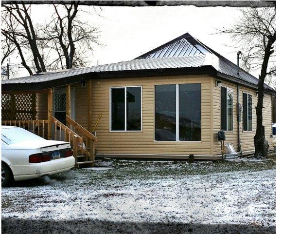 303 2nd St SW, Granville, North Dakota 58741