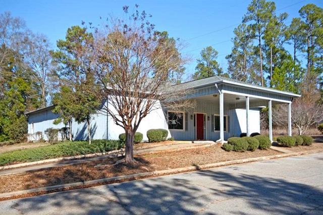 503 Blue Bird Blvd, Fort Valley, Georgia 31030