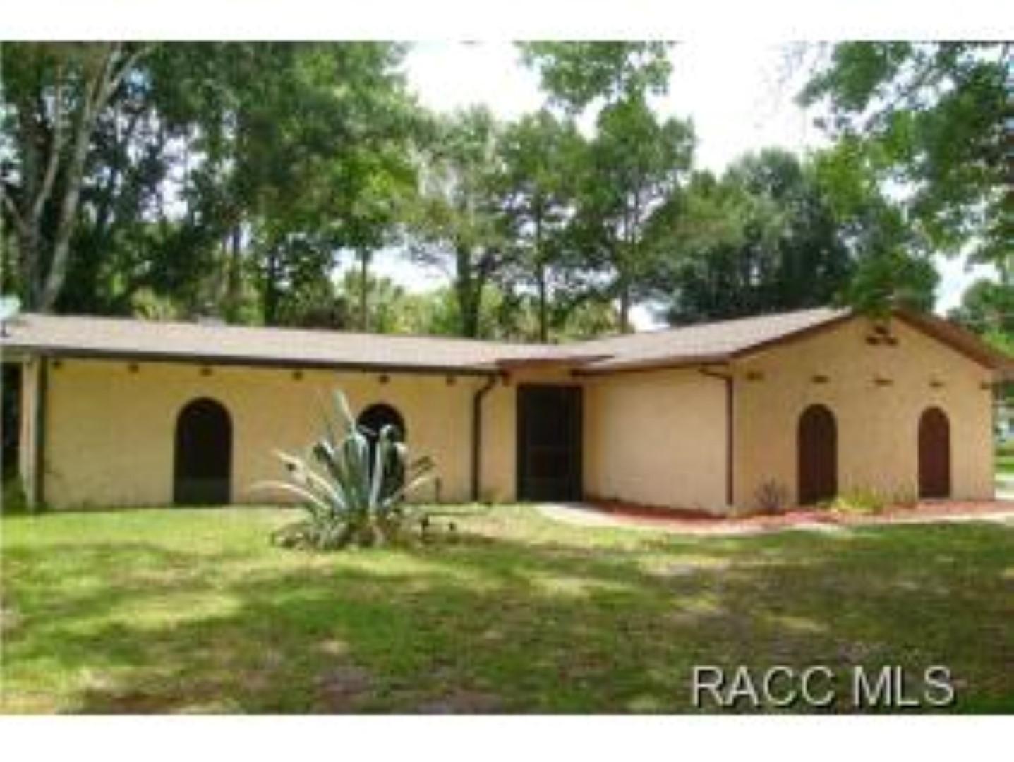 9905 W. Halls River Rd., Homosassa, Florida 34448