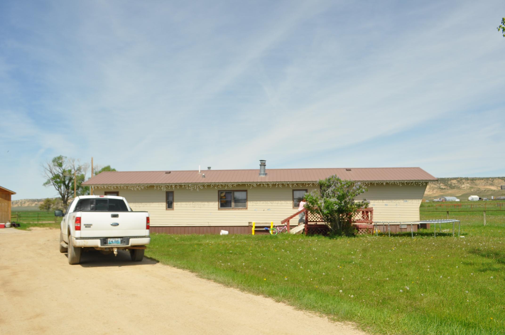 52 Cowpoke, Baggs, Wyoming 82321