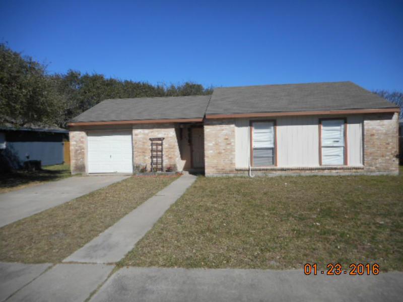104 Pelican, Aransas Pass, Texas 78336