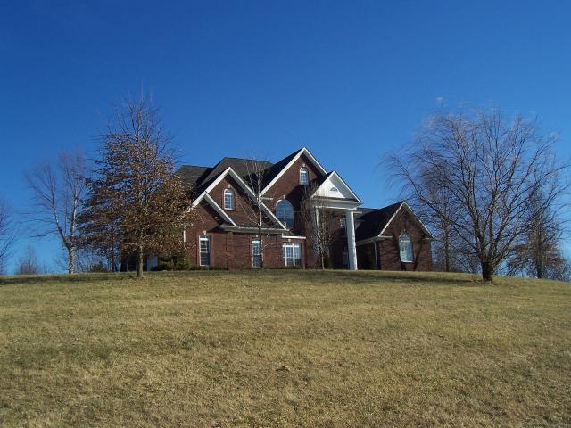 1395 Old Calvary Pike, Lebanon, Kentucky 40033
