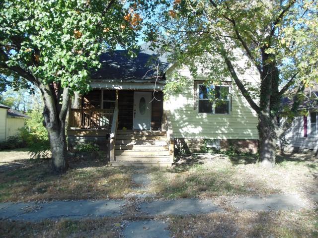 109 S. Orchard, Clinton, Missouri 64735