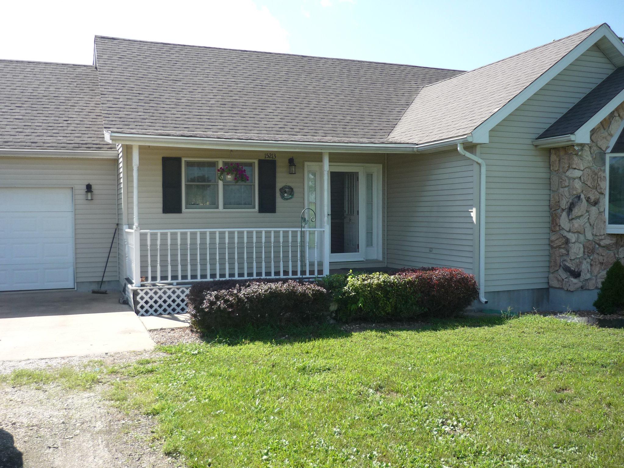 15213 Woodmann Circle, Canton, Missouri 63435