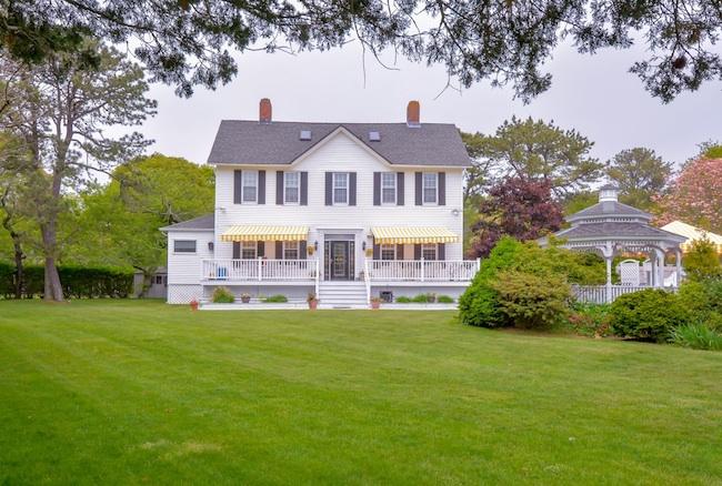 55 Mill Pond Road, Hampton Bays, New York 11946