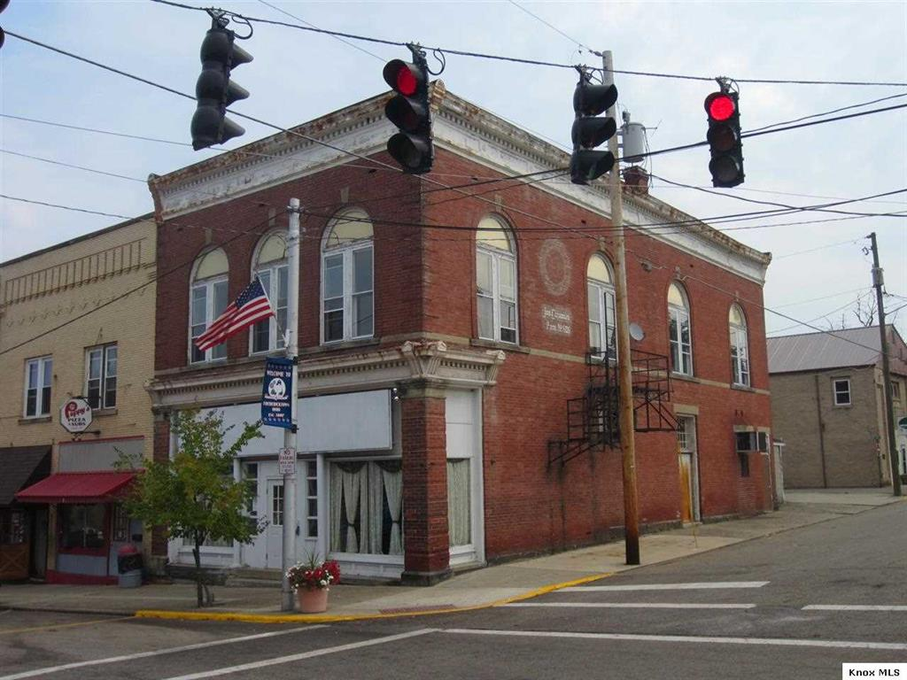 108 N Main St, Fredericktown, Ohio 43019